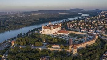 Apad a Duna Pozsonynál