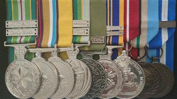 Elégetik kitüntetéseiket az afganisztáni ausztrál veteránok