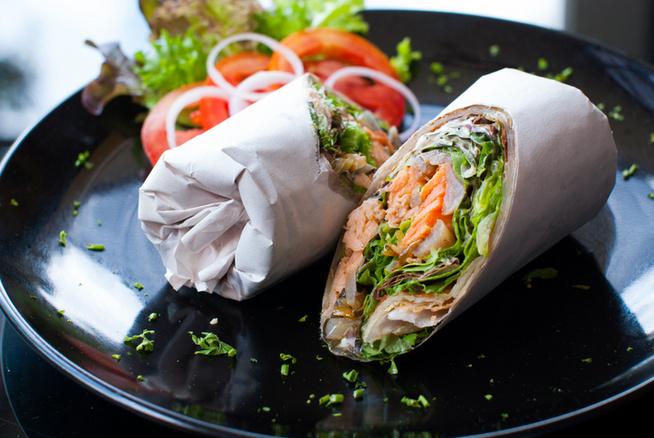 Hallal is finom a wrap, és egy kisebb adagból is tartalmas vacsora vagy ebéd lesz.