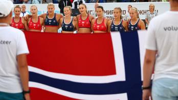 A norvég női strandkézisek fellázadtak a szexista dresszkód ellen