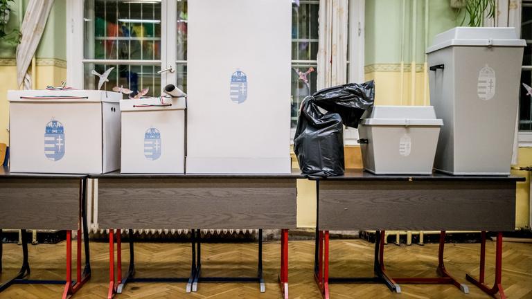 Jön a nyolcadik népszavazás, lássuk, milyen ügyekben voksoltunk korábban