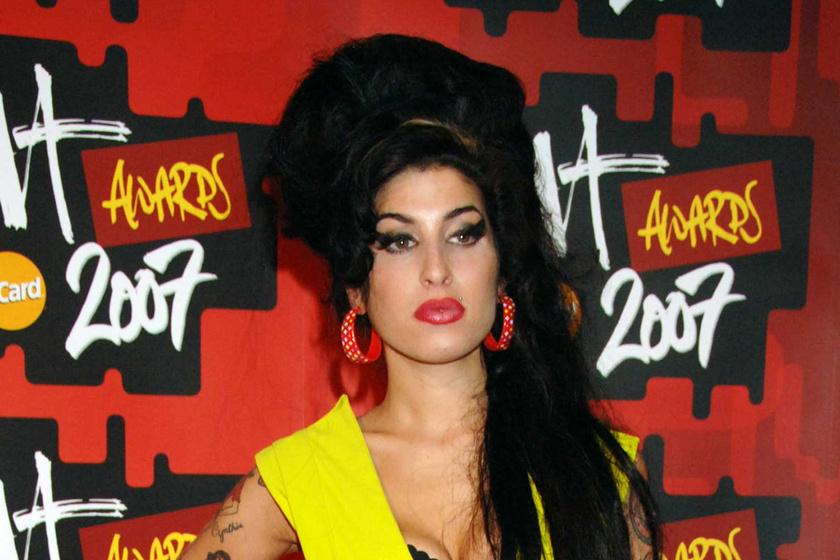 Ma 10 éve hunyt el Amy Winehouse: sosem látott képeket közöltek róla az évforduló alkalmából