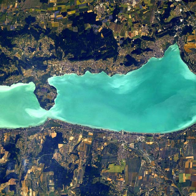 Ilyen gyönyörű a Balaton az űrből: lenyűgöző képeket készítettek a Nemzetközi Űrállomásról