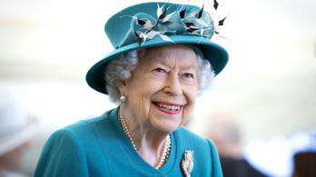 Meghan védelmében tette helyre Erzsébet királynő Harry herceget