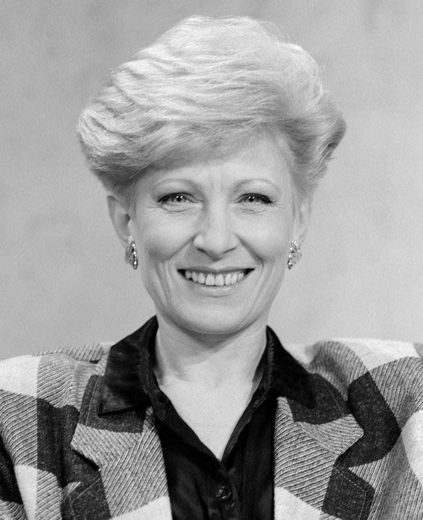 Kudlik Júlia a Magyar Televízió bemondója és műsorvezetője 1990-ben.