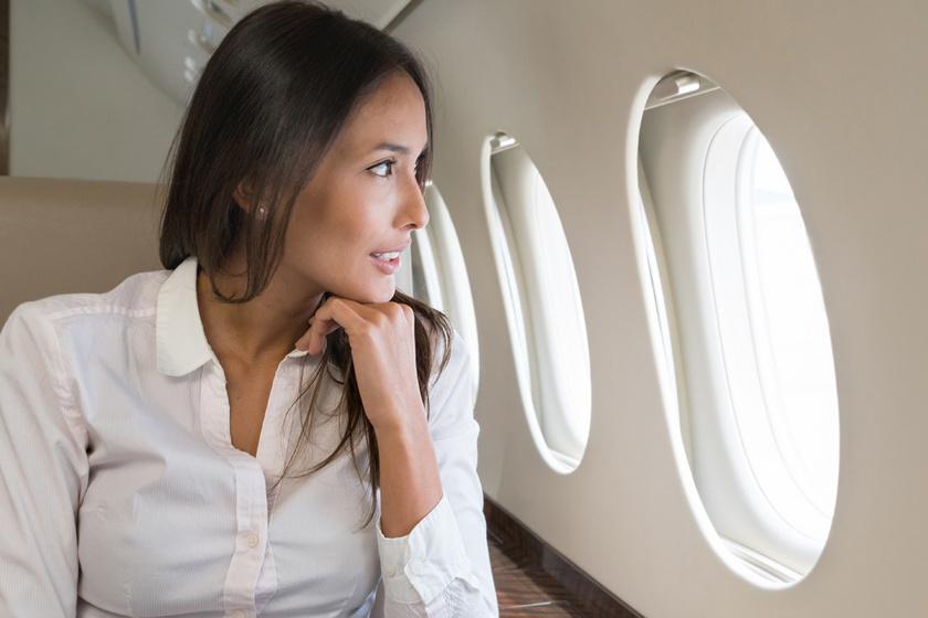 5 tiltólistás ruhadarab, ha repülővel utazol: a skinny farmert és a sarut is érdemes kerülni