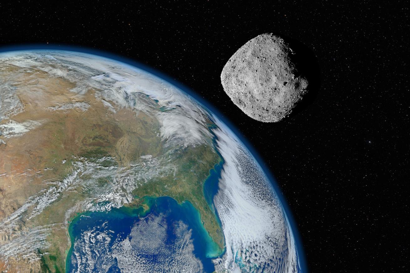 aszteroida-július2