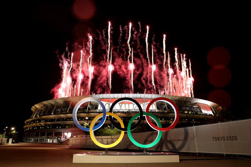Képeken a 2020-as olimpia nyitóünnepsége: így vonultak a magyarok Tokióban