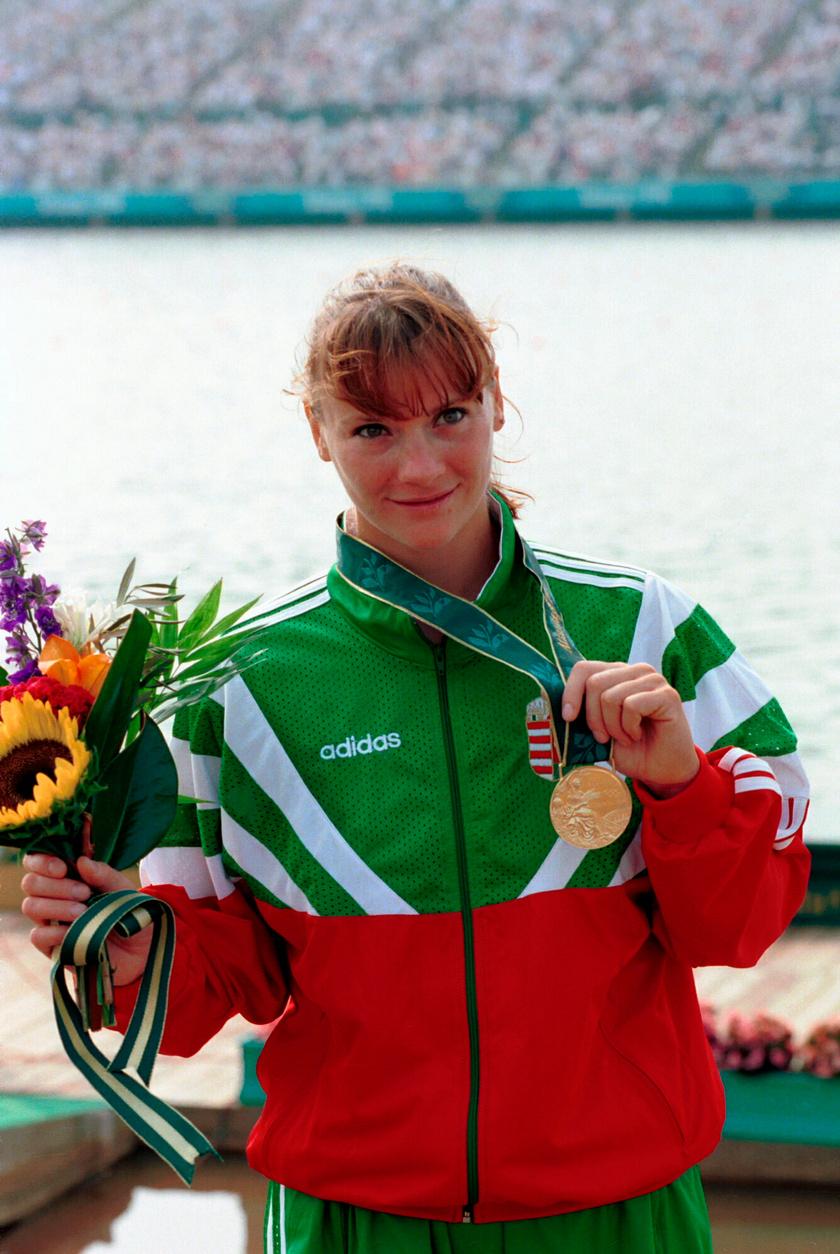 Kőbán Rita az 1996-os atlantai olimpián a kajak egyesek 500 méteres távján olimpiai bajnok lett.