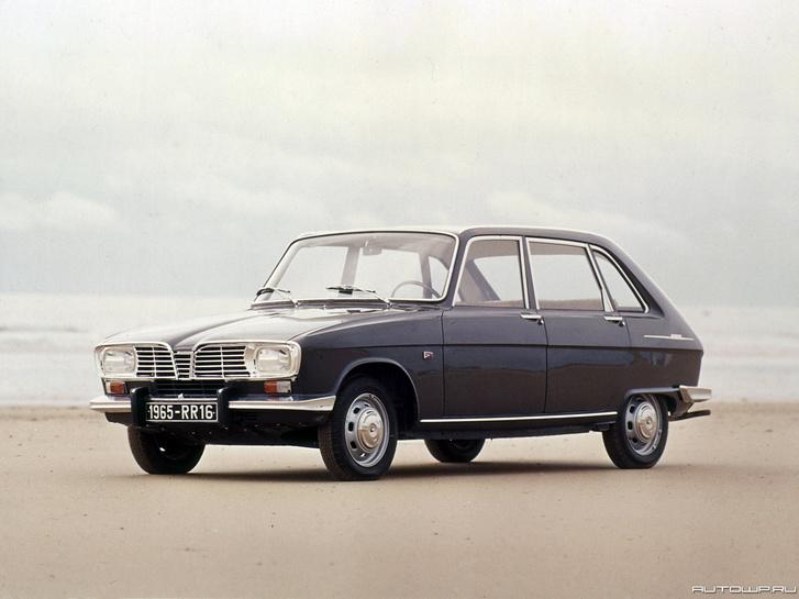 Praktikus ferdehátú, ötajtós karosszériájával világelső volt a Renault 16. El is vitte az 1966-os Év Autója díjat