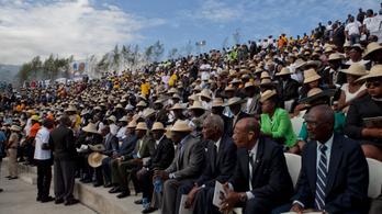 Lövések dördültek el a meggyilkolt haiti elnök temetésén