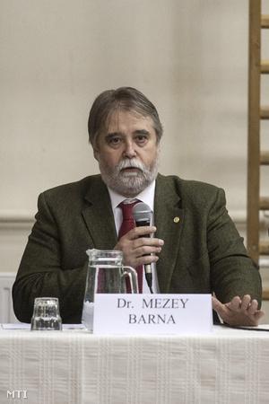 Mezey Barna az ELTE rektora
