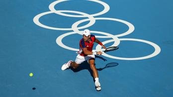 Djokovics könnyed sikere, Murray-ék bravúrja