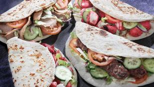 Köftewrap paradicsomlekvárral és grillezett padlizsánnal – gyors, mediterrán fogás darált hússal