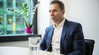 """Váradi József """"rohadt jó"""", 42 milliárdos bónusz ütheti a Wizz Air vezérének markát"""