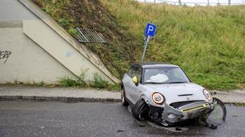 Részegen vezető autós zuhant le az Árpád hídról