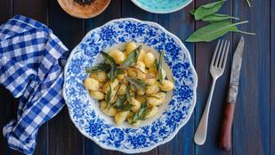 Gombás-sajtos gnocchi – jó sok sült fokhagymával lesz az igazi