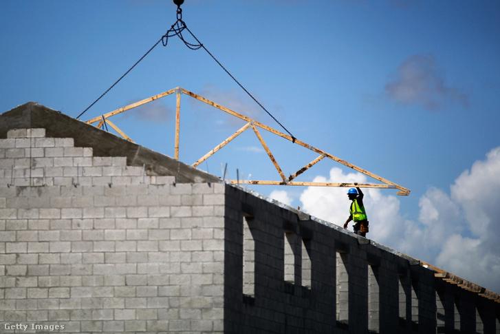 Egy folyamatban lévő építkezés