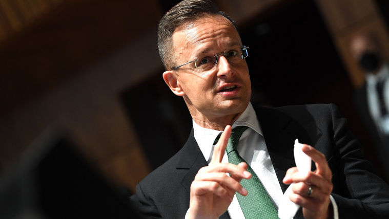 Szijjártó Péter: Magyarország kész hozzájárulni egy újabb, afganisztáni katonai misszióhoz