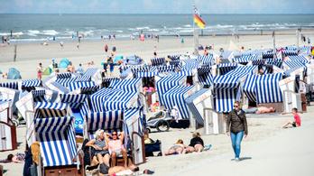 A német egyház turisztikai lelkisegély-szolgálatot biztosít a nyaralóknak