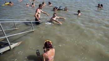 Újranyithat a négy bezáratott velencei-tavi strand