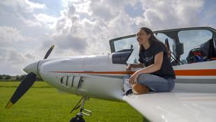 Egyedül repülné körbe a Földet egy 19 éves nő