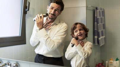Apák vagy kortársak: ki neveli ma a fiúkat, és kinek kellene?