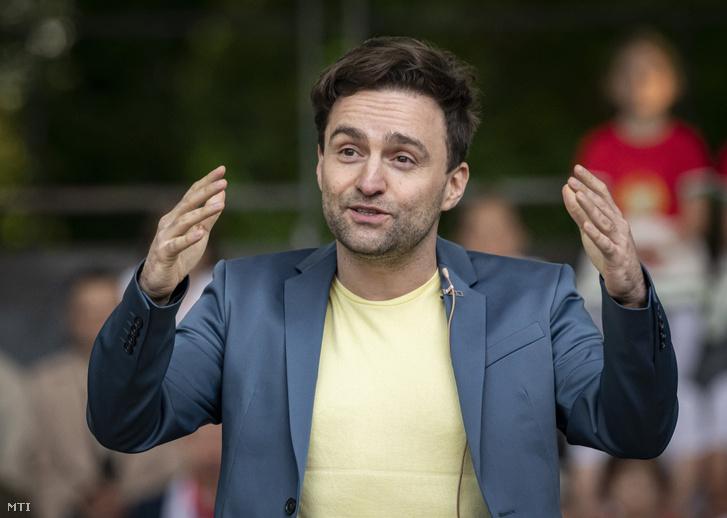 Szente Vajk író, rendező a Puskás, a musical című előadás próbáján a Margitszigeti Szabadtéri Színpadon 2021. május 20-án