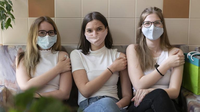Van bőven vakcina idehaza, de aggasztóan lelassult a fiatalok oltása