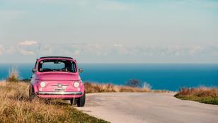 Potom összegért varázsolt magának otthont egy Fiat 500-ból, ez a világ legkisebb lakóautója