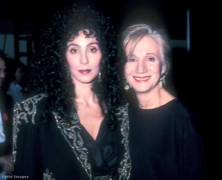 Cher és Olympia Duakkis 1989-ben Getty Images Hungary