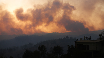 Tűzoltó repülőgépekkel segíti ki Törökországot Ukrajna