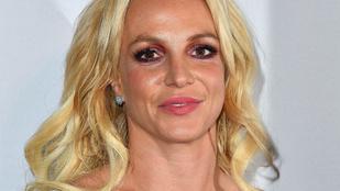Kebelmutogatás az Instagramon: ezek voltak Britney Spears legnagyobb villantásai az elmúlt években