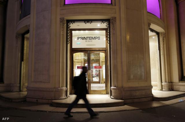 Február 19-én a Printemps egyik üzletét rabolták ki