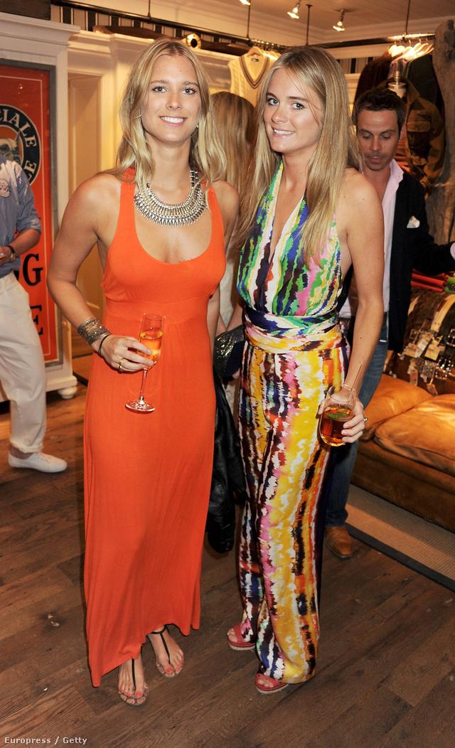 Cressida Bonas jobbra, színes ruhában