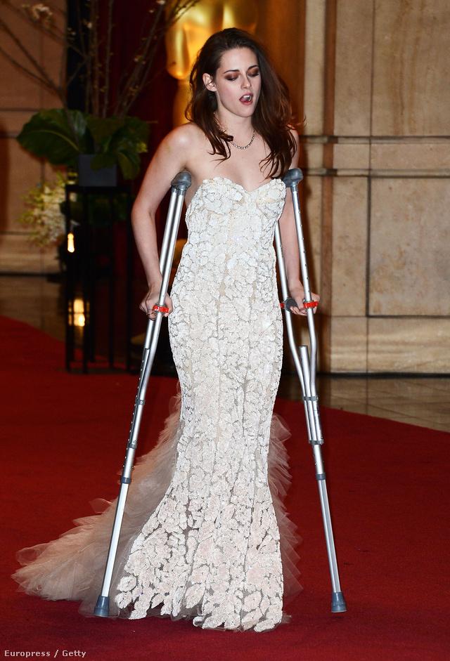 Kristen Stewart így érkezett a vörös szőnyegre