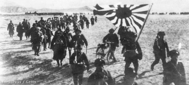 Japán partraszállás egy lakatlan csendes-óceáni szigeten 1942 januárjában