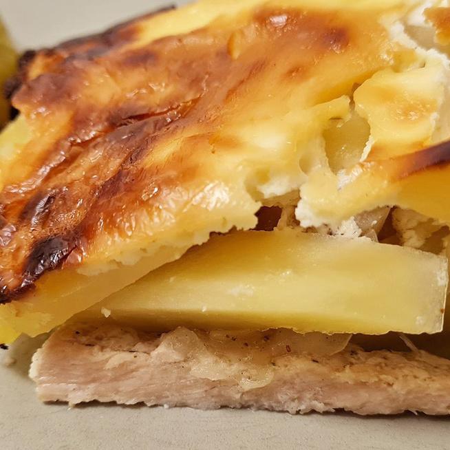 Régi kedvenc a Lacikrumpli: szaftos, tartalmas finomság a mama receptjei közül