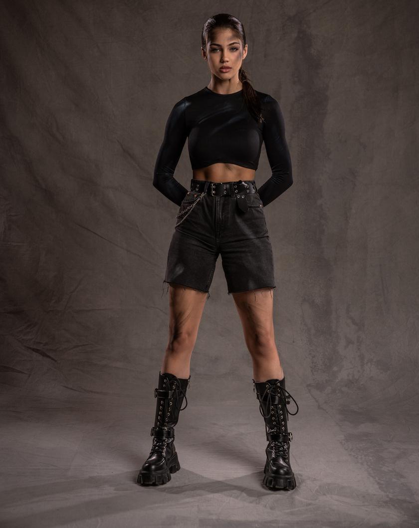 Horváth Csenge modell, énekesnő a Totem legfiatalabb versenyzője.