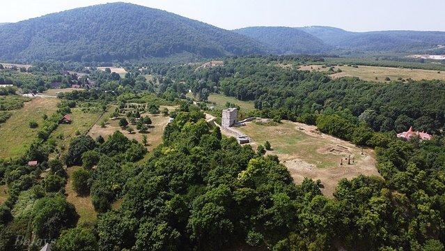 A vár, amelynek egyik ura Veszprém környékének réme volt