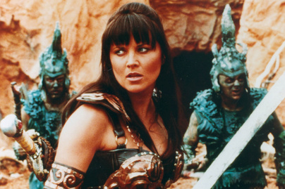 lucy-lawless-cover