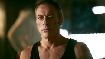 Jean-Claude Van Damme már nem csak terpeszt, röhög önmagán