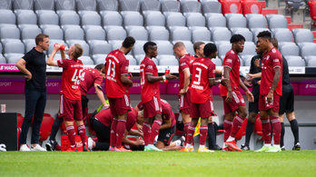 Elhalasztották a Bayern első meccsét