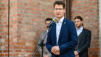 Szexista megjegyzést tett egy képviselő, Székesfehérváron kitört a botrány