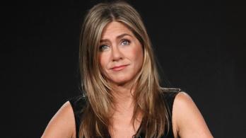Jennifer Aniston minden barátjával megszakította a kapcsolatot, aki nem oltatta be magát