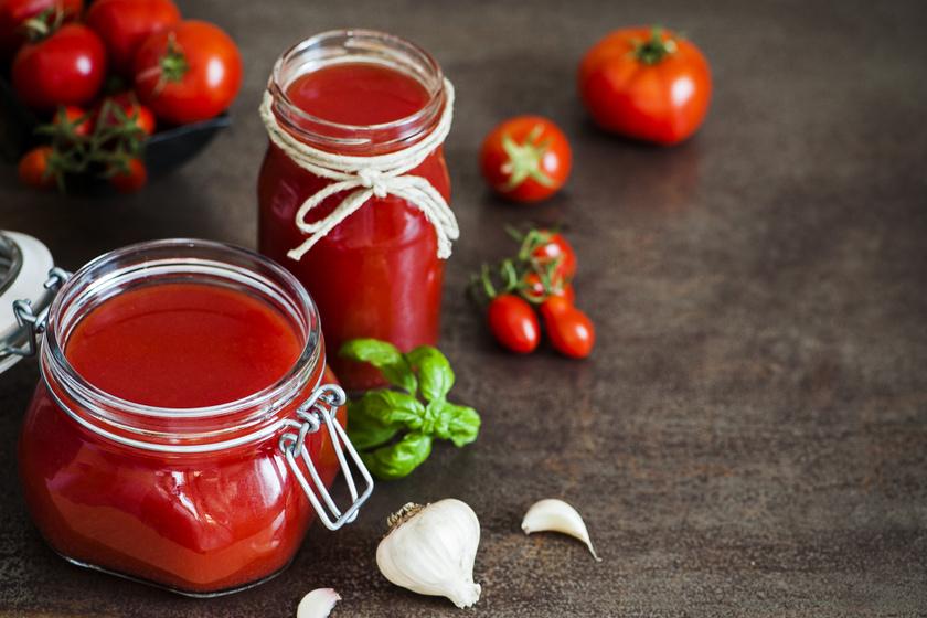 A legfinomabb házi ketchup tartósítószer nélkül: sűrű és édes