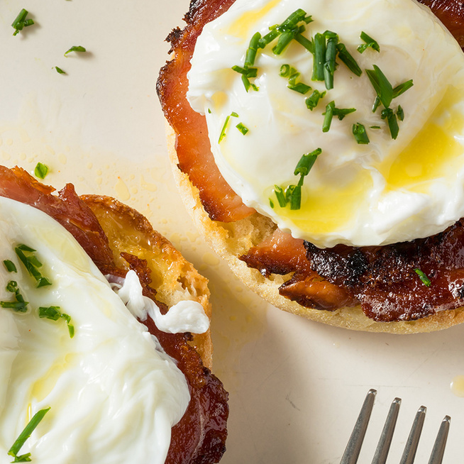 Így készül a tökéletes buggyantott tojás: többféle bevált módszert mutatunk