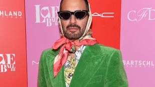 Így néz ki az átplasztikázott Marc Jacobs új arca