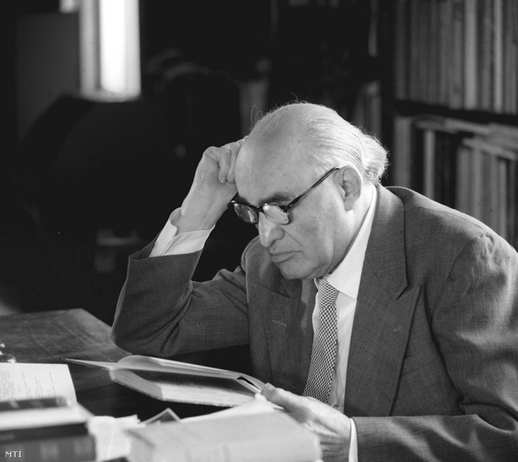 Füst Milán Kossuth-díjas író, költő és esztéta 1963. június 20-án