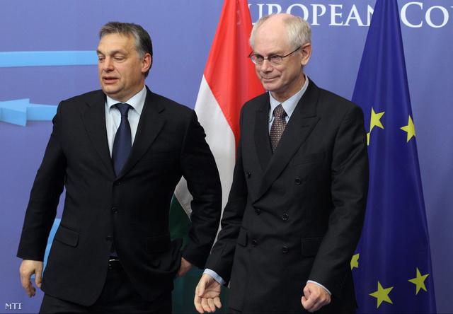 Orbán Viktor magyar miniszterelnököt fogadja Herman Van Rompuy, az Eupai Tanács elnöke